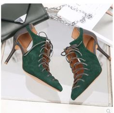 69.70$  Buy now - http://ali7oz.shopchina.info/1/go.php?t=32805713261 - Fashion Pointed Toe Green Women Pumps Lace Up 9CM High Heels Sexy Hollow Out Suede Gladiator Sandals Stiletto Valentine Shoes   #buychinaproducts