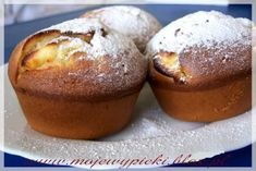 Muffins with cream cheese Y Food, Food And Drink, Baking Muffins, Polish Recipes, Polish Food, Wedding Desserts, Healthy Sweets, Cottage Cheese, Frappe