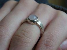 """Ring """"Steingut"""" (Rosenquarz) von GoldschmiedeNorwinVitten auf DaWanda.com"""