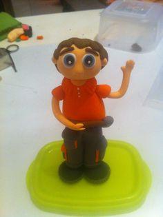 El chico de naranja!