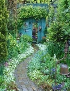 meditation walk - great garden paths - sunset mobile | Via Patty Tucker