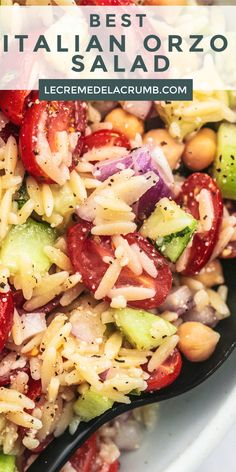 The BEST ITALIAN ORZO SALAD you can throw together in 15 minutes, goes with anything, and has fantastic flavor! Orzo Salad Recipes, Easy Pasta Salad Recipe, Vegetarian Salad Recipes, Salad Recipes For Dinner, Healthy Recipes, Vegetarian Italian, Orzo Pasta Salads, Simple Pasta Salad, Recipes For A Crowd