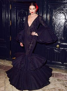 VMB Spanish Fashion, Mother Of The Bride, Goth, Victorian, Bride Dresses, Chill, Twitter, Diy, Flamenco Dresses