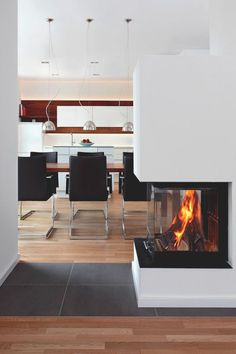 livingpursuit:Haus B by Peter Seliger Electric Fireplace Reviews, Electric Fireplace Heater, Wall Mount Electric Fireplace, Electric Fireplaces, Beautiful Interior Design, Modern Interior, Interior Architecture, Interior And Exterior, Beautiful Architecture