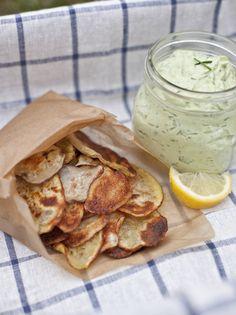 homemade-potato-chips-with avocado ranch dip