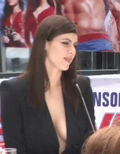 Alexandra Daddario gif