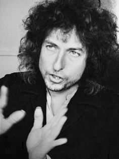 Some Great Images of Bob Dylan (Photo Gallery) – On This Day Music Bob Dylan Lyrics, Dylan Songs, Bd Cool, Bob Dylan Forever Young, Travelling Wilburys, Joan Baez, Gretsch, Ringo Starr, Paul Mccartney