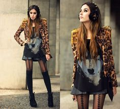 Studded headband and a great outfit love the wolf tshirt and leopard print combination x