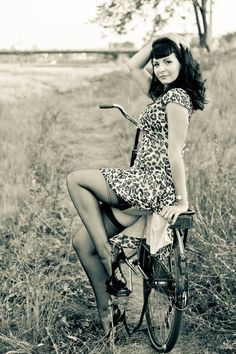 Bike Pin Up