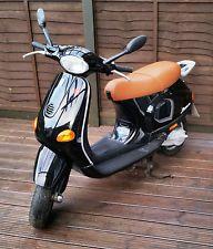 Piaggio Vespa ET2 2004 50CC Moped Italian