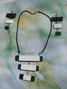 Black and White Necklace and Earrings by EMILYartbg on Etsy, $36.00