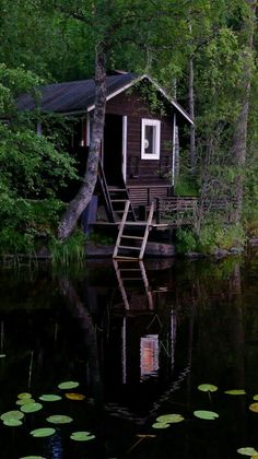 Awesome 48 Wonderful Home Sauna Design Ideas Tiny Cabins, Cabins And Cottages, Outdoor Sauna, Sauna Design, Finnish Sauna, Summer Cabins, Little Cabin, Cabin Homes, Cabins In The Woods