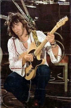 "Keith Richards playing ""Micawber"" in concert with the Rolling Stones. Mick Jagger Rolling Stones, Los Rolling Stones, Like A Rolling Stone, Rolling Stones Keith Richards, Ron Woods, Charlie Watts, Rock And Roll Bands, Rock Roll, Greatest Rock Bands"