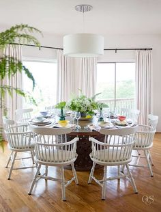 Because Monday S Should Be All About Relaxed Family Living With Loads Of Colour And Style Dark Tablelight Tabledining