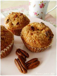 pensieri e pasticci: Muffins croccanti alla pera, per una colazione very slow....