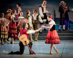 Angelina Vorontsova and Ivan Vasiliev in Don Quixote act 1