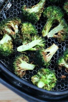 """Air Fryer Broccoli 