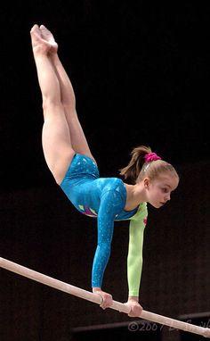 Gymnastics Images, Tumbling Gymnastics, Acrobatic Gymnastics, Gymnastics Outfits, Sport Gymnastics, Artistic Gymnastics, Olympic Gymnastics, Gymnastics Leotards, Gymnastics Posters
