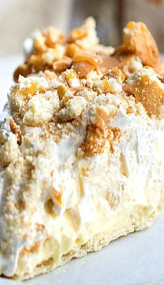 Banana Pudding Pie: this is the best of both worlds. | @andwhatelse