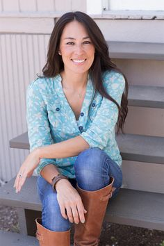 "Is Joann Leaving ""Fixer-Upper""? She Addresses The Rumors... A lesson to never sign without a lawyers advise... I love fixer upper! But happy that she will be doing what she loves."