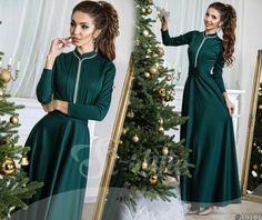 Трикотажное платье в пол однотонное строго стиля темно-зеленое