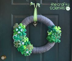 The Crafty Scientist: Interchangeable St. Patrick's Day Wreath