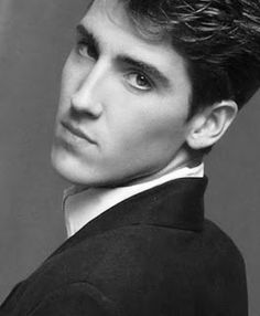 Jonathan Knight -black & white T108...it's funny how a picture can take you back to what you were thinking when you first saw it. I think this was my favorite picture of him back in the day. I think it was in that book, if I remember correctly. ❤️