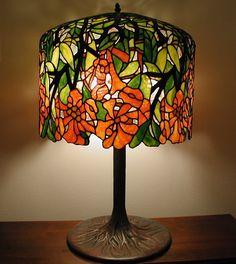 Large art glass lamp // Tiffany Trumpet Vine // Resort
