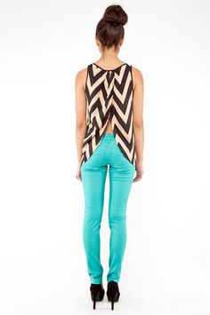Chevrons and blue skinnies