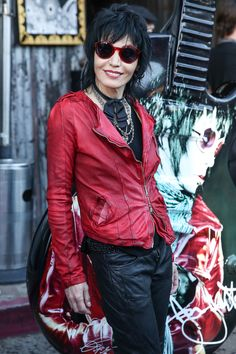 Joan Jett Opens Up About Her Biggest Transformation Yet And Looks Back On What… Gothic Corset, Gothic Lolita, Gothic Steampunk, Steampunk Clothing, Victorian Gothic, Steampunk Fashion, Cyberpunk Fashion, Emo Fashion, Rock Fashion