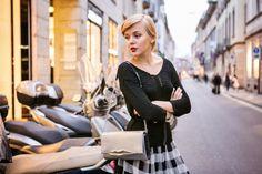 VAN CLEEF&ARPELS PERLEE PRESENTATION IN MILAN | TheCabLook darya-kamalova-thecablook-com-fashion-blog-street-style-pixie-hair-cut-blonde-van-cleef-arpels-event-in-milan-diamonds-asos-check-skirt-river-island-sweater-dvf-lips-flirty-bag-booties-black-ootd-outfit