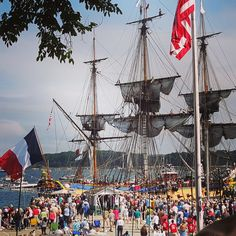The Hermione arriving at her last U.S. port of call in Castine, Maine on BastilleDay 2015
