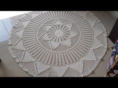 Crochet Mat, Crochet Carpet, Crochet Designs, Crochet Patterns, Crochet Crocodile Stitch, Crochet Tablecloth, Crochet Videos, Doilies, Needlework