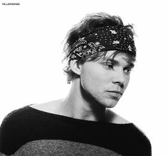 And his cute yet swooning gaze. | 24 Excuses To Bask In The Adorable Beauty That Is Ashton Irwin
