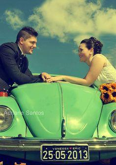 Casamento: Fusca com placa personalizada com nomes do noivo e da noiva. Foto: Adriane Santos.