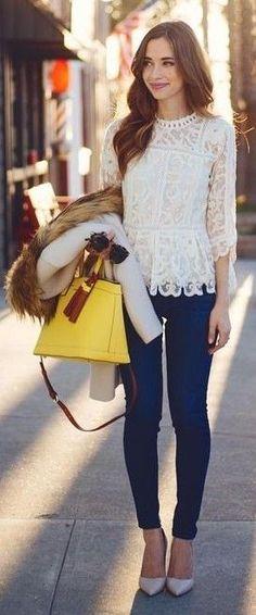 Blusa blanca de encaje