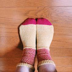 ヘリンボーンの靴下 編んだ