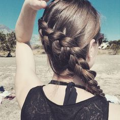 Lato w pelni #365daysofbraids #day21 #braidschallenge #hairchallenge #wyzwanie #warkocze #warkocz #holenderski #dutchbraid #beach #sun #bluesky #plaza #morze #niebo #dziewczyna #fryzura