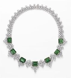 Emerald and Diamond Necklace - 54.00 carats of Columbian emeralds