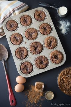 Paleo and gluten-free Cinnamon Roll Muffin recipe