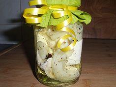 Eingelegter Knoblauch - Camembert (statt Rapsöl evtl. Oliven Öl oder anderes)