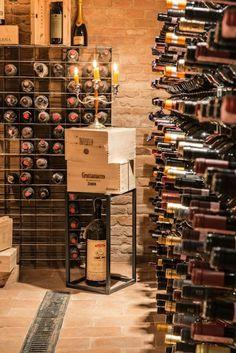 #Portabottiglie da parete in acciaio Esigo 2 Net - #arredamento cantina #ristorante --- Wall-mounted #winerack Esigo 2 Net - #restaurant #winecellar furniture