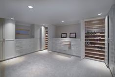 Here is the best closet organization ideas and designs which will inspire you. These are the best and easy option that you can also built in your house. Best Closet Organization, Organization Ideas, Openness, House, Inspiration, Design, Home Decor, Biblical Inspiration, Decoration Home