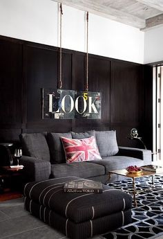 Dark and Moody Room Inspiration |  Found on interiordesignipedia.com