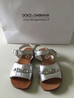 Mein Orig. D&G Junior Dolce&Gabbana Sandalen Gr.25 von Dolce & Gabbana! Größe 25 für 39,00 €. Schau´s dir an: http://www.mamikreisel.de/kleidung-fur-madchen/sandalen/28408564-orig-dg-junior-dolcegabbana-sandalen-gr25.