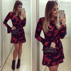 Da noite!! Vestido @roupas_online com estampa camuflada mais linda ❤️ A loja…