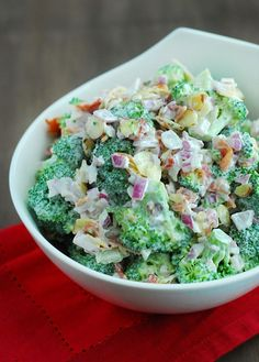 Broccoli Salad / #lowcarb shared on https://facebook.com/lowcarbzen