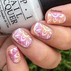 I was inspired by @thepolishedperspective who did bestie twin nails with @pretty_in_pink_polish to do these gradient stamped nails using @mpolishes Fresh Perspective and Hottie with @bornprettystore plate BP-L08 ❤️❤️❤️