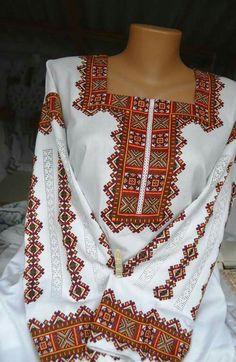 Ukrainian style, Ukraine Folk Fashion, Fashion Now, Womens Fashion, Bohemian Costume, Kaftan, Bordado Popular, Polish Embroidery, Fibre And Fabric, Modern Embroidery