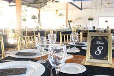 Centro de Eventos Vista El Monte - Parcela Matrimonios Empresas y más Table Settings, Table Decorations, Furniture, Home Decor, Walks, Centre, Events, Table Top Decorations, Interior Design